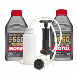 Motul RBF660 and Sealey Brake Bleed Kit